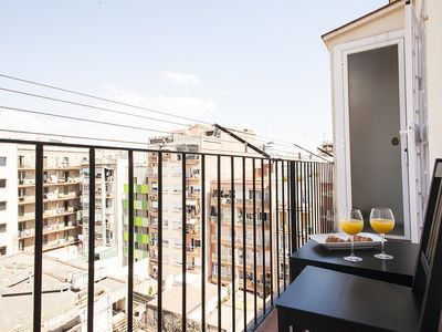 Photo for Balcony and Shared Roof Terrace overlooking Sagrada Familia!
