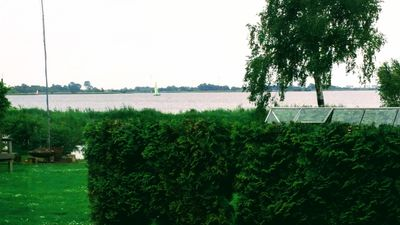 Photo for Top location, right on the water with a view of the lake, rowing boat, paddle boat incl.