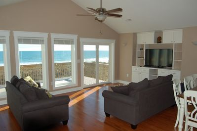 Beautiful wide open views from spacious 3rd floor great room.