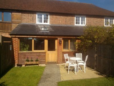 Photo for wheat cottage, Chiddingly, spacious and well equipped character accommodation