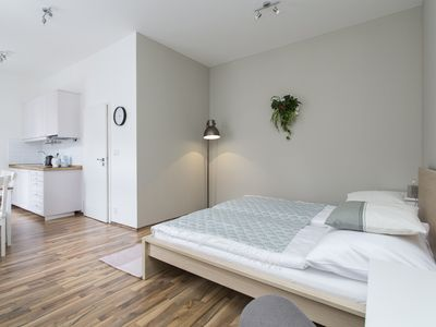 Number One - Apartment in City Centre with private bathroom
