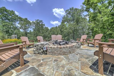 Enjoy the community amenities, including gas and wood fire pits.