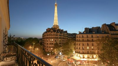 Photo for Sale! Incredibly Luxurious Bright 2Bed, 2Floor with Balcony and Wow Eiffel View