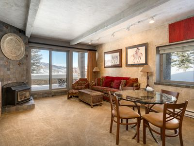 Photo for Great One Bedroom Condo Steps From the Gondola