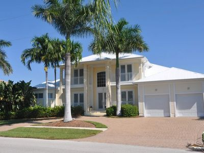 Photo for NAS451 - BEAUTIFUL 3 bedroom waterfront home!