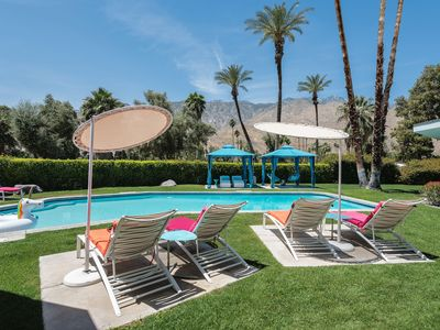 Photo for Golf Course Estate With Pool-Side Cabanas, Fire Pit And View Of Disney Fountain
