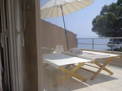 Photo for One bedroom apartment with terrace and sea view Brela, Makarska (A-16596-d)