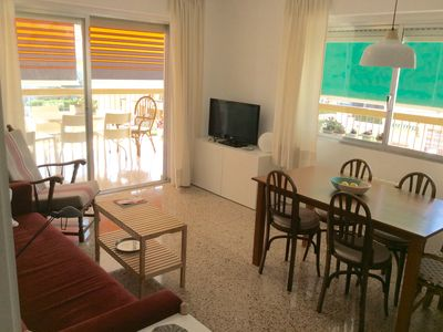 Photo for Apartment in Benicassim with free Wifi, hot and cold air conditioning and parking
