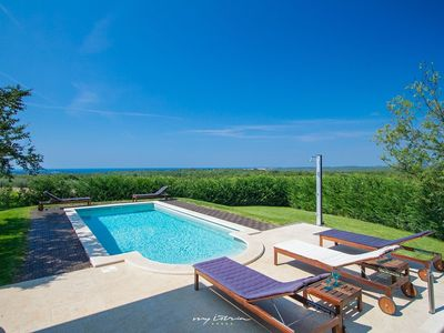 Photo for Beautiful villa with private pool in Porec