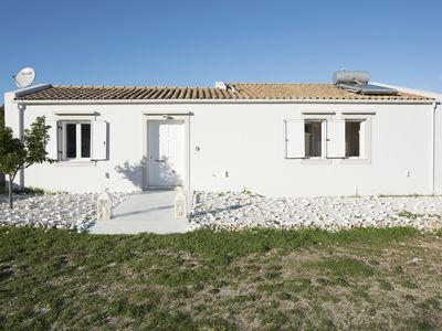 Photo for 2 Bedroom villa with private pool (sleeps 4)