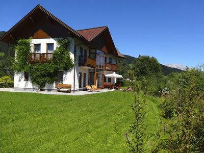 Photo for Modern and luxurious, 1km to skilifts and golf, unspoilt mountain views