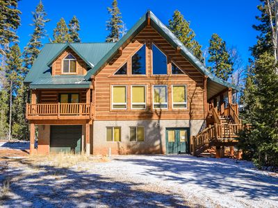 Photo for Moccasin Lodge Is A Beautiful Family Cabin