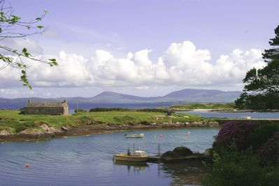 Pier Cottage with beach, Kenmare estuary and mountains beyond