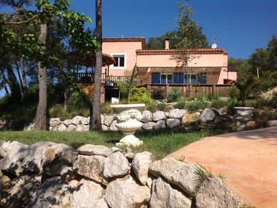 Photo for Villa 220 m2, swimming pool on 2500 m2 of land