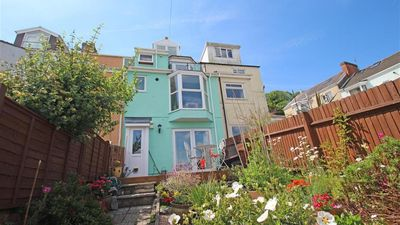 Photo for Cwtch Bach, Mumbles - Two Bedroom House, Sleeps 3