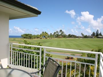 Nicely decorated  condo with air conditioning in both bedrooms, & ocean views