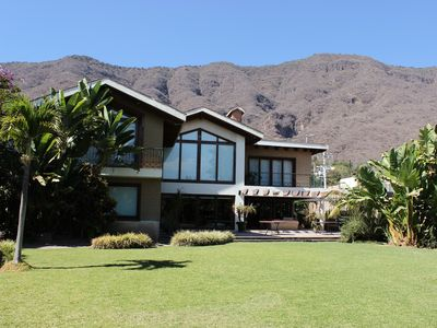 Photo for BEAUTIFUL HOUSE WITH VIEW OF THE CHAPALA LAKE