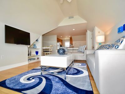 Photo for CHIC OCEAN VIEW WEST END PENTHOUSE ( THE SANDPIPER )