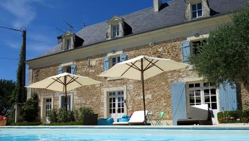 Luxury Farmhouse with Pool and Vegetable Garden Near Futuroscope