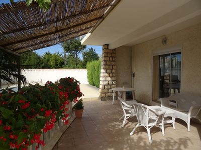 Photo for Gite Les Grillons - Grand Avignon - Provence