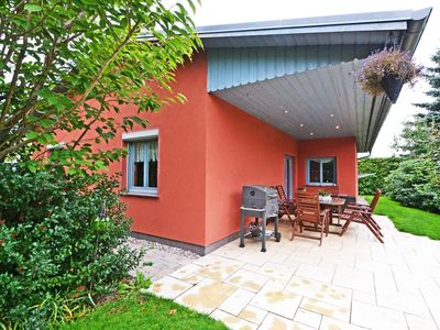 Photo for Lovingly furnished holiday home with garden, barbecue facilities and Wi-Fi.
