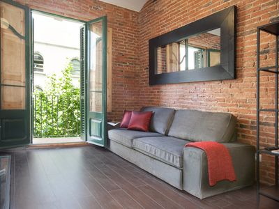 Photo for Cozy and elegant flat in Eixample