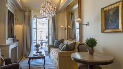 Come home to the luxurious Monbazillac apartment in the heart of Paris