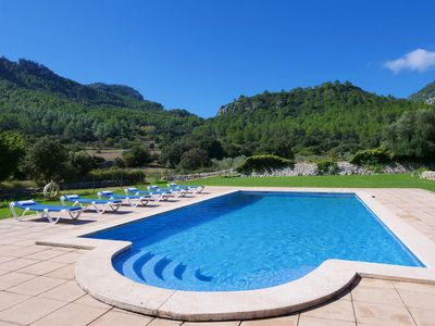 Photo for Large villa in absolute nature, 12 people, huge property, pool, lots of comm