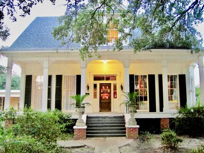 Photo for Victorian Manor in the Heart of Cajun Country.  20 min North of Lafayette
