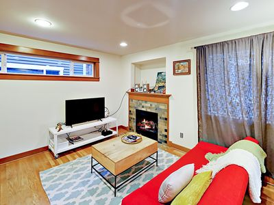 Photo for Adorable 2BR cozy apartment in Seattle