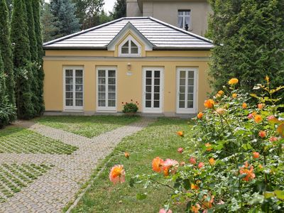 Photo for Idyllic holiday home with romantic garden and wifi centrally located in Quedlinburg