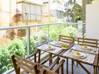 Photo for Sirkin 24 - Apartment for 4 people in Tel Aviv - Jaffa