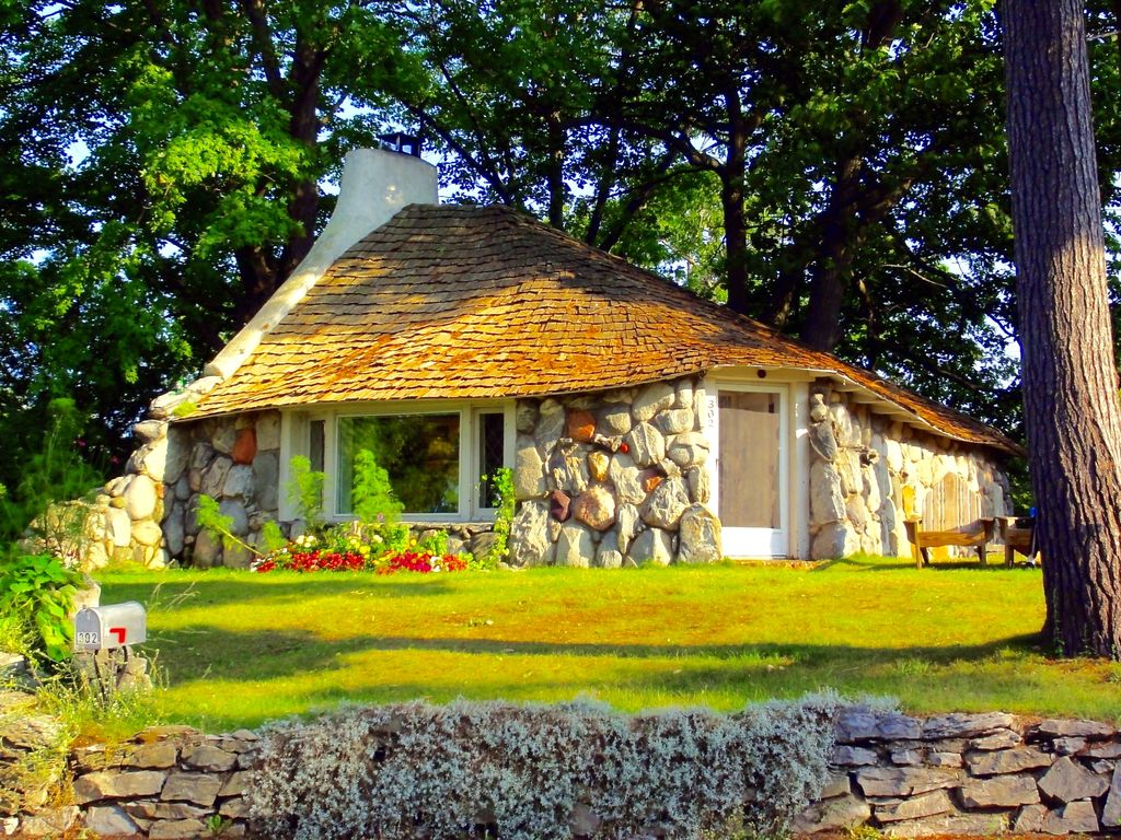 Plans For Cottages And Small Houses Inhabit A Hobbit House Vrbo