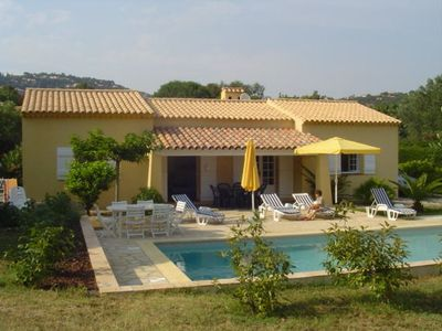 Photo for Villa with pool, large garden 500 meters from the beach.