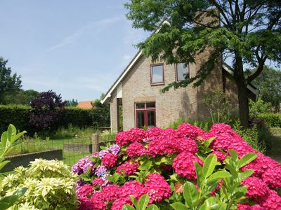 Photo for detached holiday home in the rural polders of Zeelandic Flanders