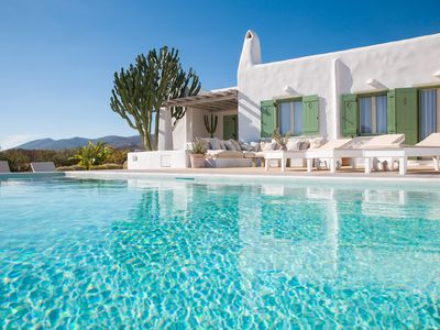 Photo for Stunning Villa With Pool..
