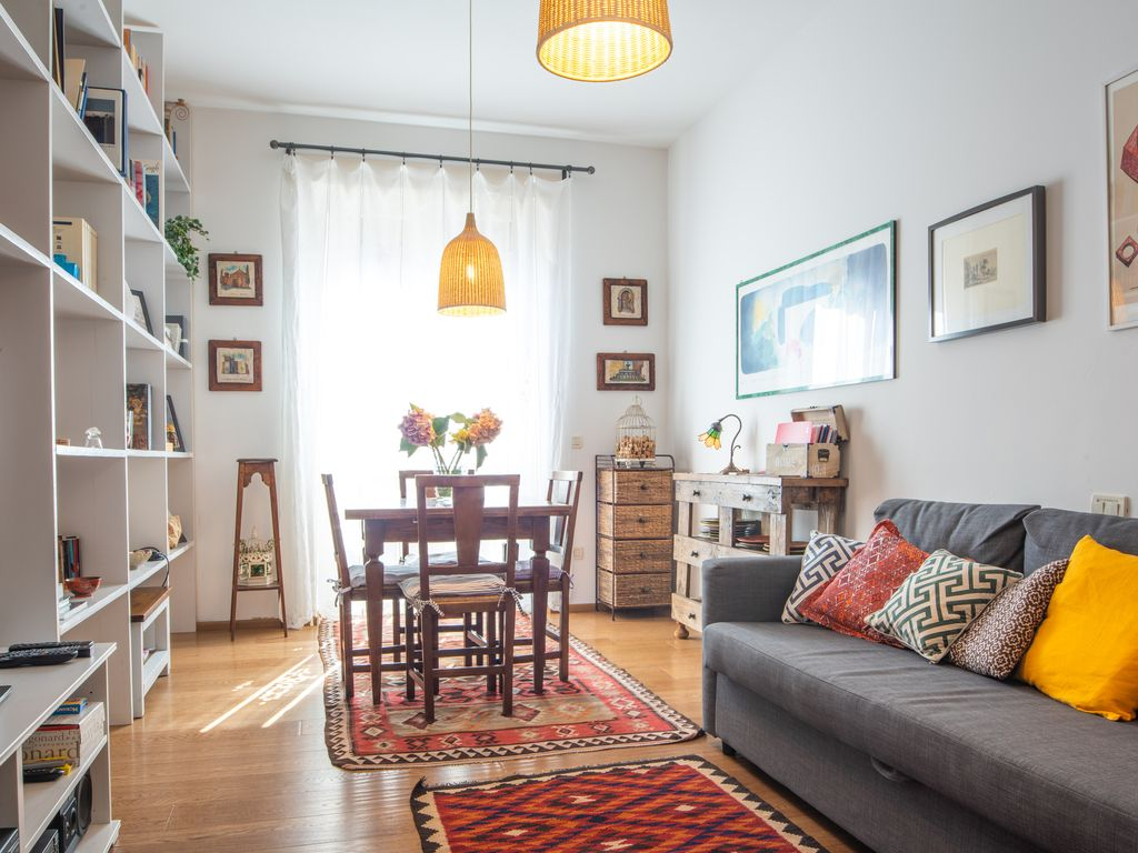Wonderful apartment in Bologna center, 1033 sq. M. ft, bright and ...