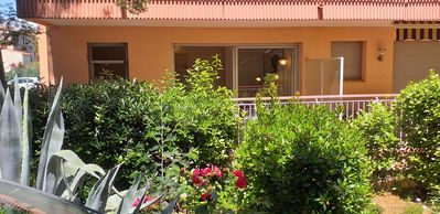Photo for Nice studio near beaches and shops with terrace and parking