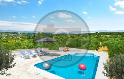 Photo for 3 bedroom accommodation in Sutivan