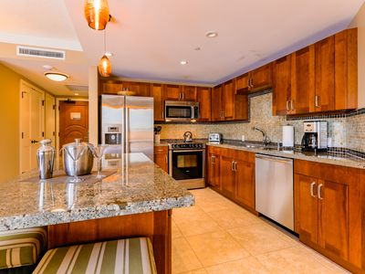 Photo for My Perfect Stays: Beautiful Remodel at Kaanapali Beach, Great Resort Location!