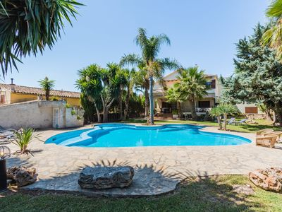 Photo for Townhouse Cati with pool and garden