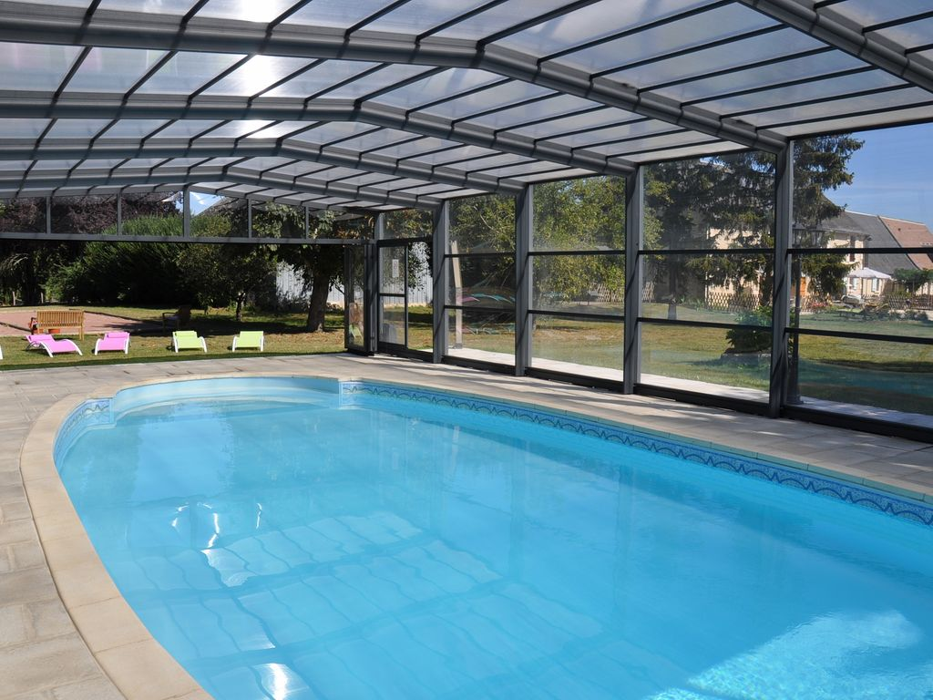 5 toiles luxueusement am nag es g tes avec piscine for Piscine 18eme