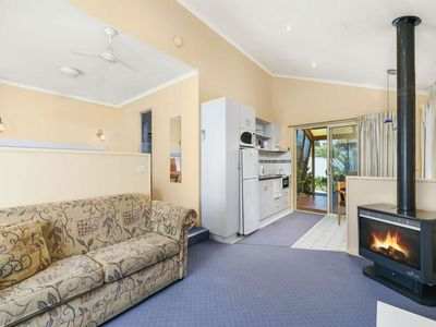 Photo for Premium Cottage with SPA & Log Fire: 10mins to beach + Fully Equipped Kitchen