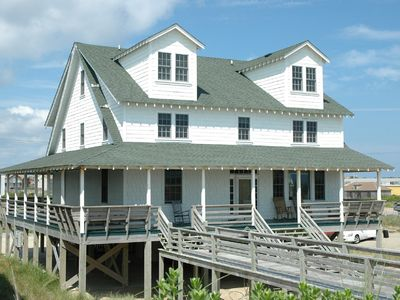 Photo for Lovely OCEANFRONT with 8 Queen beds! - 180