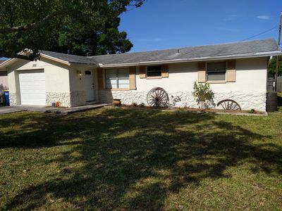 Photo for Cozy and Clean Home 5 Miles from Clearwater Beach