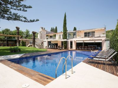 Photo for Luxury Mansion with 2 Pools, Garden, Air Condition and Wi-Fi; Smart Home