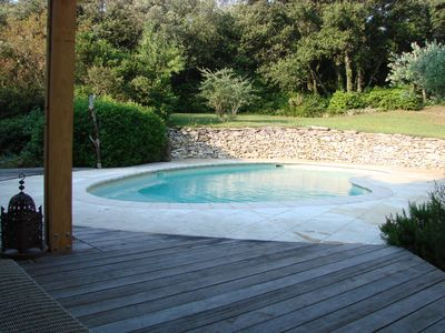 Photo for Provencal villa with pool near Avignon