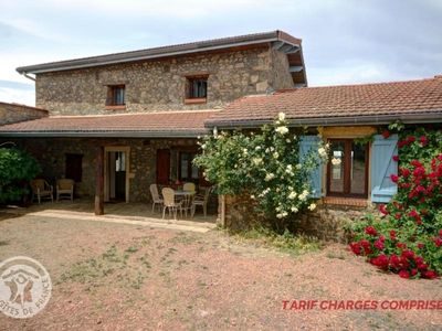 Photo for Gite Montagny (Loire), 5 bedrooms, 12 persons