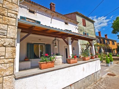 Photo for Holiday house Svetvinčenat for 6 - 7 persons with 3 bedrooms - Detached holiday house