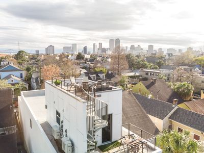 Rooftop Panoramic Experience near French Quarter w/ parking